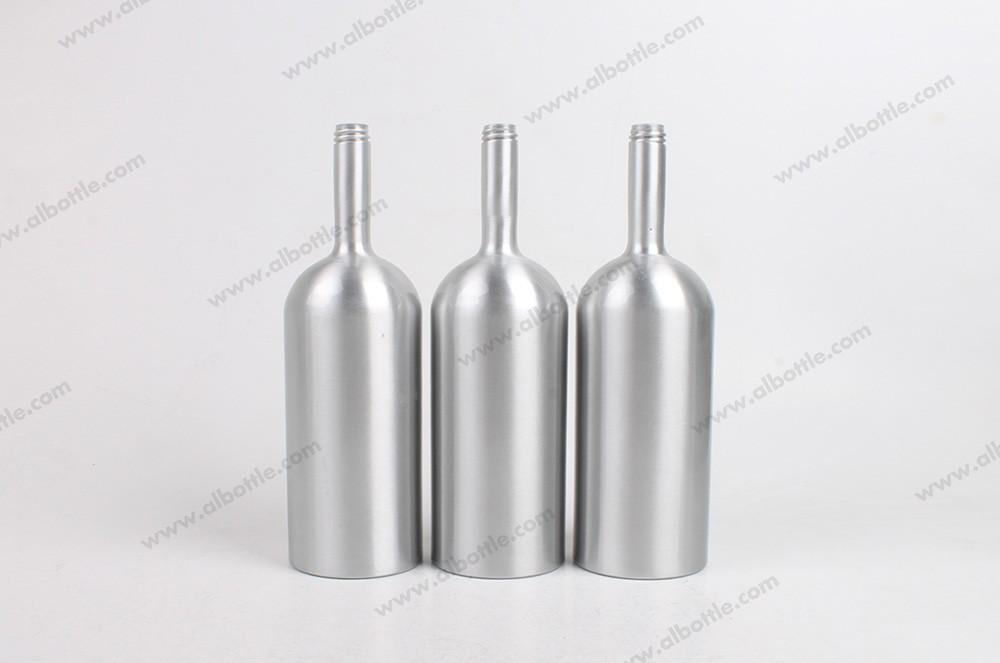4 of aluminum-engine-oil-additive-bottle